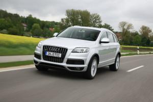 Audi-Q7-2012-recall