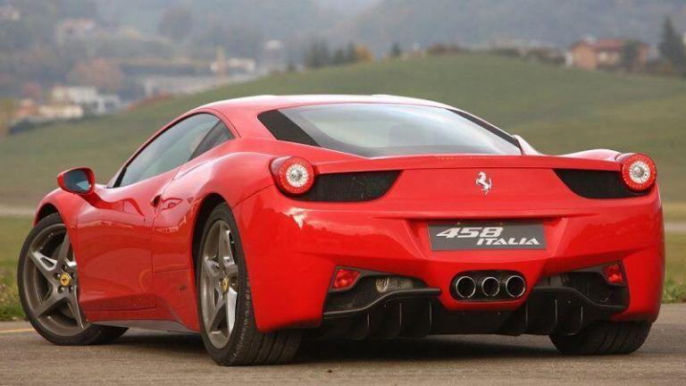 Ferrari-458-Italia-2011-recall-airbag