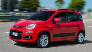 Fiat-Panda-2019-logo-steering-wheel