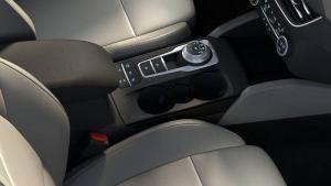 Ford-Focus-seatbelt-recall-octavia-window