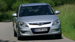 Hyundai-i30-2008-recall-airbags