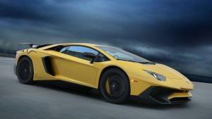 Lamborghini-Aventador-recall-fuel-discharge-valve