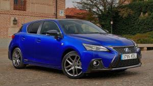 Lexus-CT-200h-2019-recall-damper-rear-door