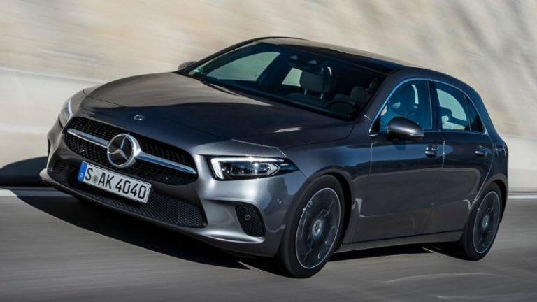 Mercedes-Benz-A-Class-2018-panorama-roof-recall