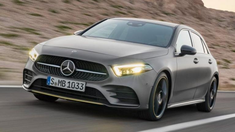 Mercedes-Benz-A-Class-2018-recall-spare-wheel-plate