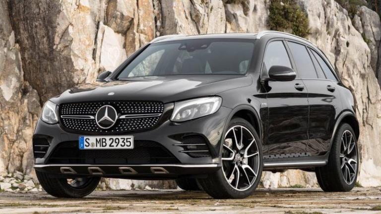Mercedes-Benz-GLC-2018-recall-towbar