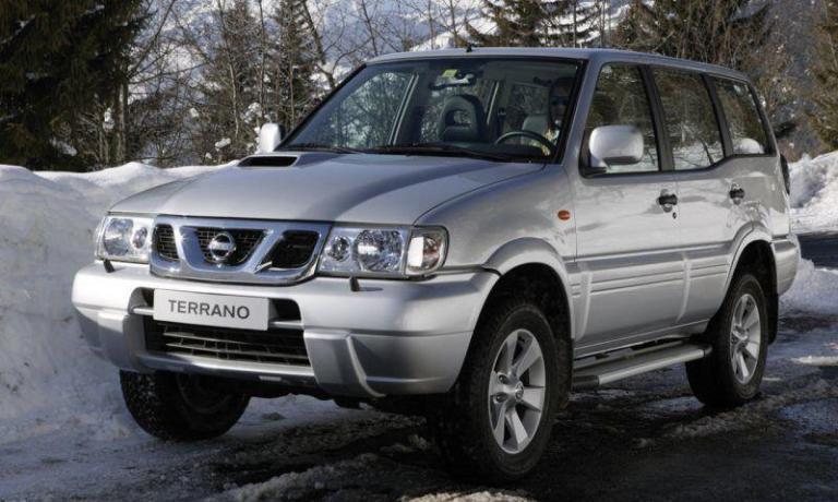 Nissan-Terrano-2005-recall-airbag