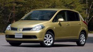 Nissan-Tiida-2012-recall-airbags