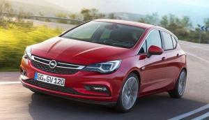 Opel-Astra-2018-recall-oil-leakage