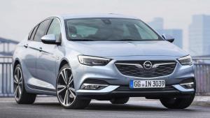 Opel-Insignia-2018-fuel-leak-fire
