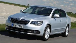 Skoda-Superb-2014-recall-turn-signal
