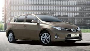 Toyota-Auris-2013-recall-airbag-inflator