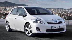 Toyota-Auris-HV-2011-recall-ecu