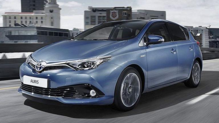 Toyota-Auris-recall-seat-cover-airbag