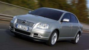Toyota-Avensis-2003-recall-airbag