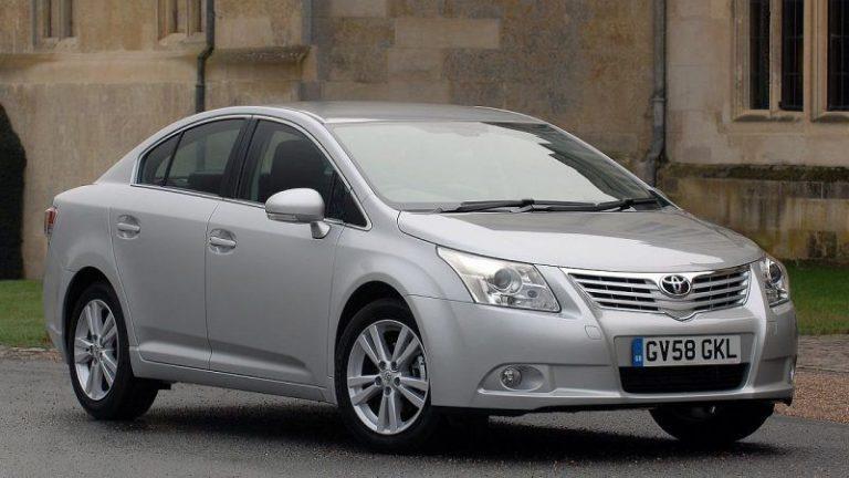 Toyota-Avensis-2009-recall-airbag