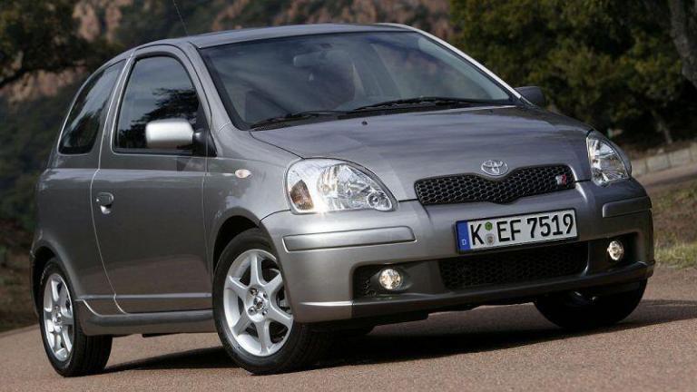 Toyota-Yaris-2003-recordar-airbag