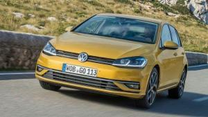 Volkswagen-Golf-2018-recall-headrest