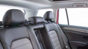 Volkswagen-headrest--recall