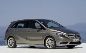 Mercedes-Benz-b-Class-2012-recall