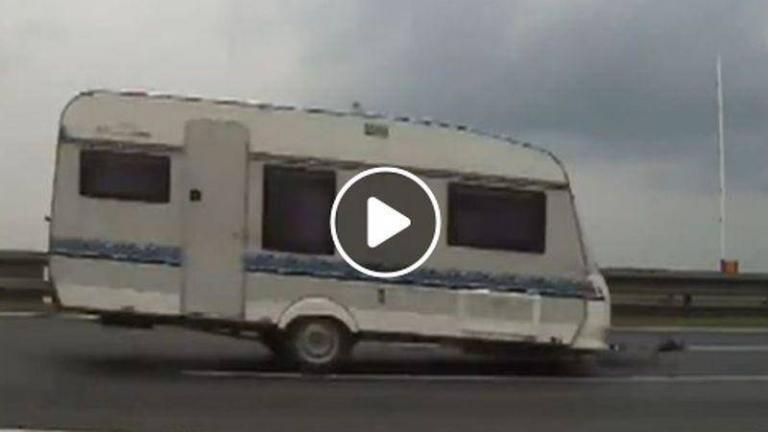 trailer-detached-toyota-peugeot-citroen-recordar
