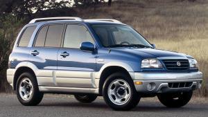 Suzuki-Grand-Vitara-1999-recall-airbag