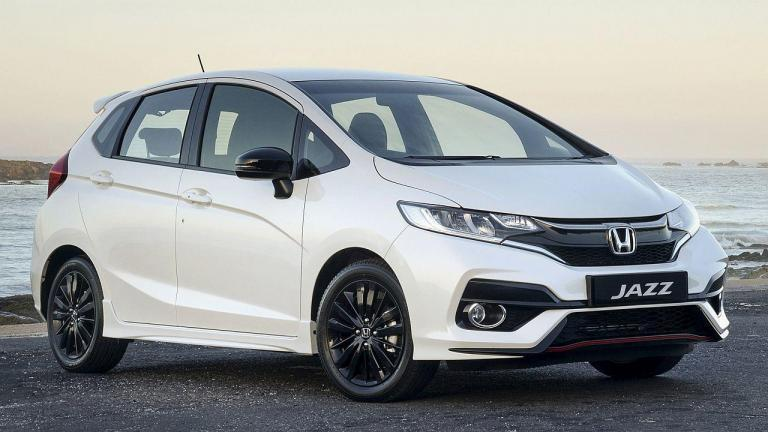 Honda-Jazz-2020-seatbelts
