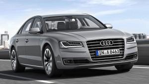Audi-A8-2014-fire