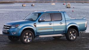 Ford-Ranger-2011-airbag