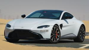 Aston-Martin-Vantage-2019-airbag