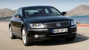 Volkswagen-Phaeton-2008-glass-roof