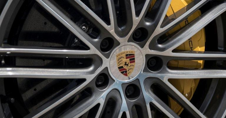 Porsche-recalls-2020