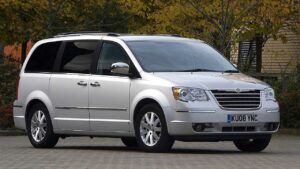 Chrysler-Grand-Voyager-2011-badge-logo