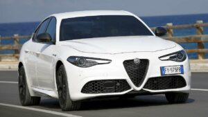 Alfa-Romeo-Giulia-rear-brake-disc