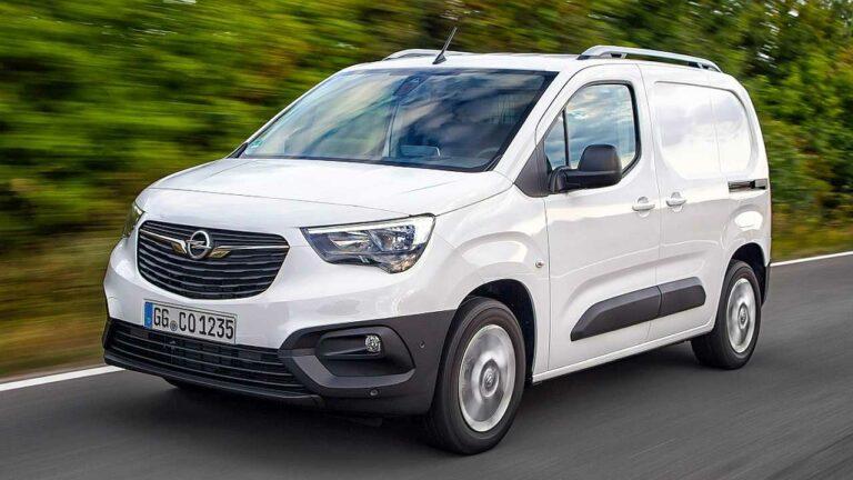 Opel-Combo-2020-wheel-screws