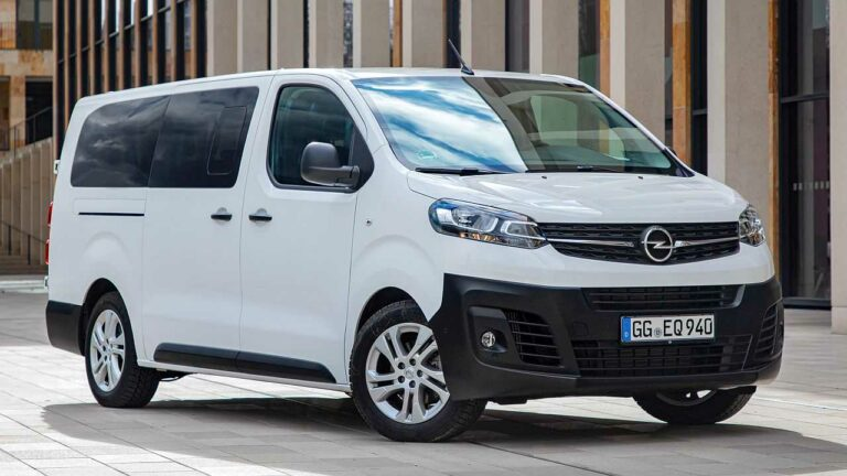 Opel-Vivaro-2020-wheel-screws