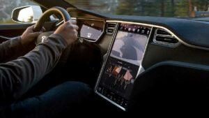Tesla-central-touchscreen-recall-europe
