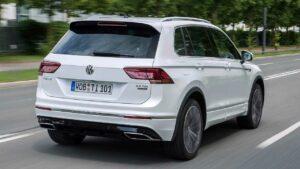Volkswagen-Tiguan-rear-roof-spoiler