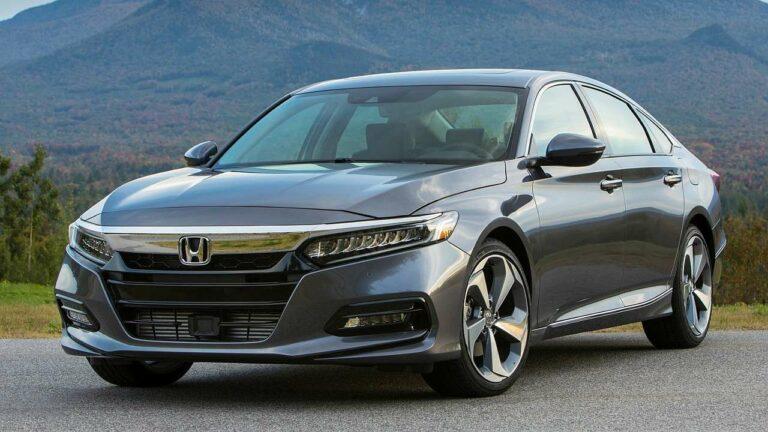 Honda-Accord-2018-windshield-wipers