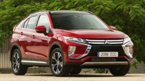Mitsubishi-Eclipse-Cross-windshield