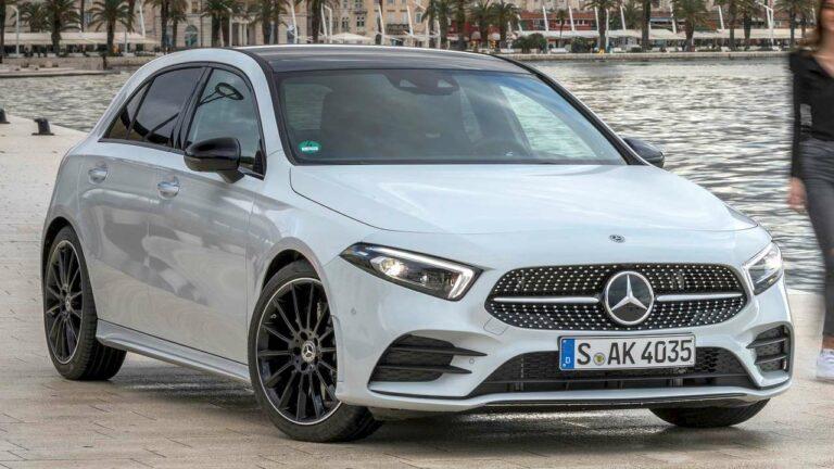 Mercedes-Benz-A-Class-2020-isofix