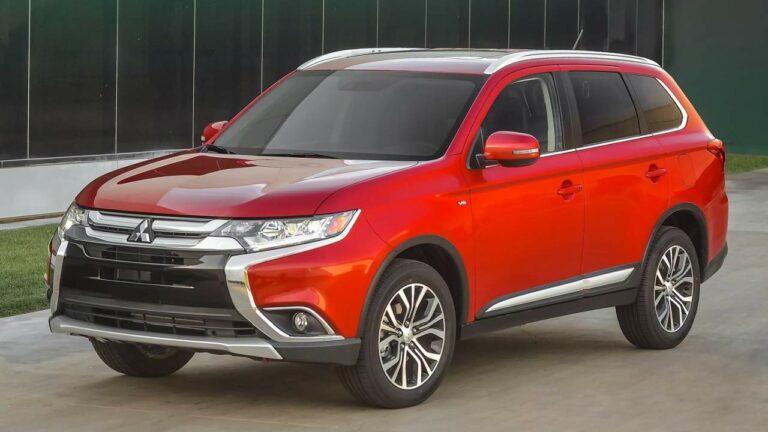 Mitsubishi-Outlander-2016-parking-brake