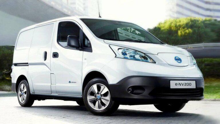 Nissan-E-NV200-2019-airbag