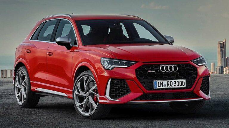 Audi-RS-Q3-2021-seatbelts