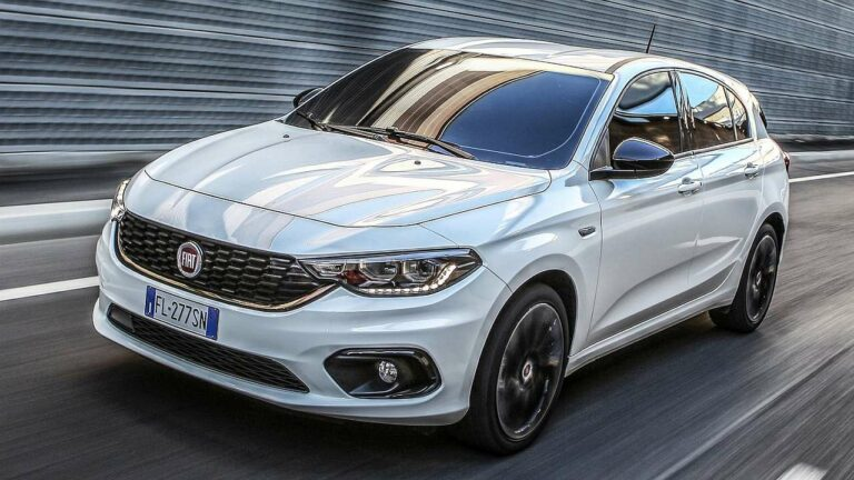 Fiat-Tipo-2021-airbag