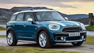 Mini-Countryman-2017-head-airbag