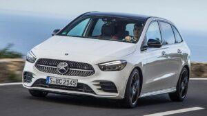 Mercedes-Benz-B-Class-front-seat