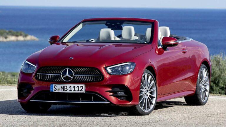 Mercedes-Benz-E-Class-Cabriolet-2021-headrest