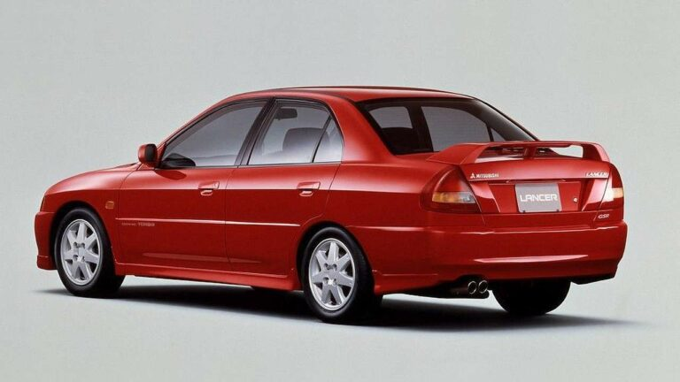Mitsubishi-Lancer-2000-airbag