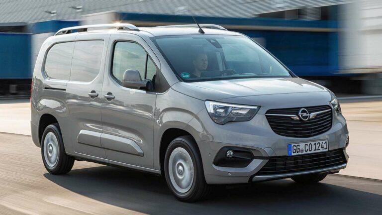Opel-Combo-2021-hand-brake